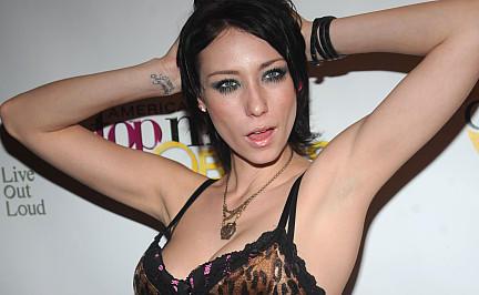 Laesst Tyra Banks Ihr Ehemaliges Drogensuechtiges Americas Next Top Model Jael Strauss Im Stich Fr