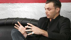 Hurts-Sänger Theo Hutchcraft im Interview